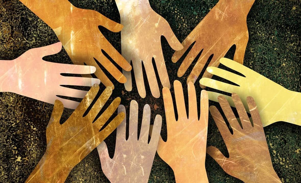 teamwork_equality_multi-cultural_diversity-100737996-large